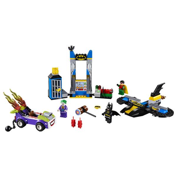 LEGO JUNIORS ATTACCO ALLA BAT-CAVERNA DI THE JOKER 10753<br />